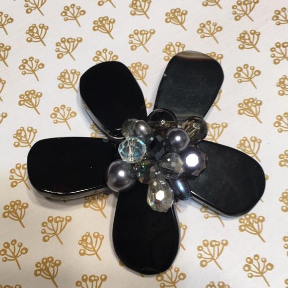 Jewelry - Flower black brooch NEW handmade